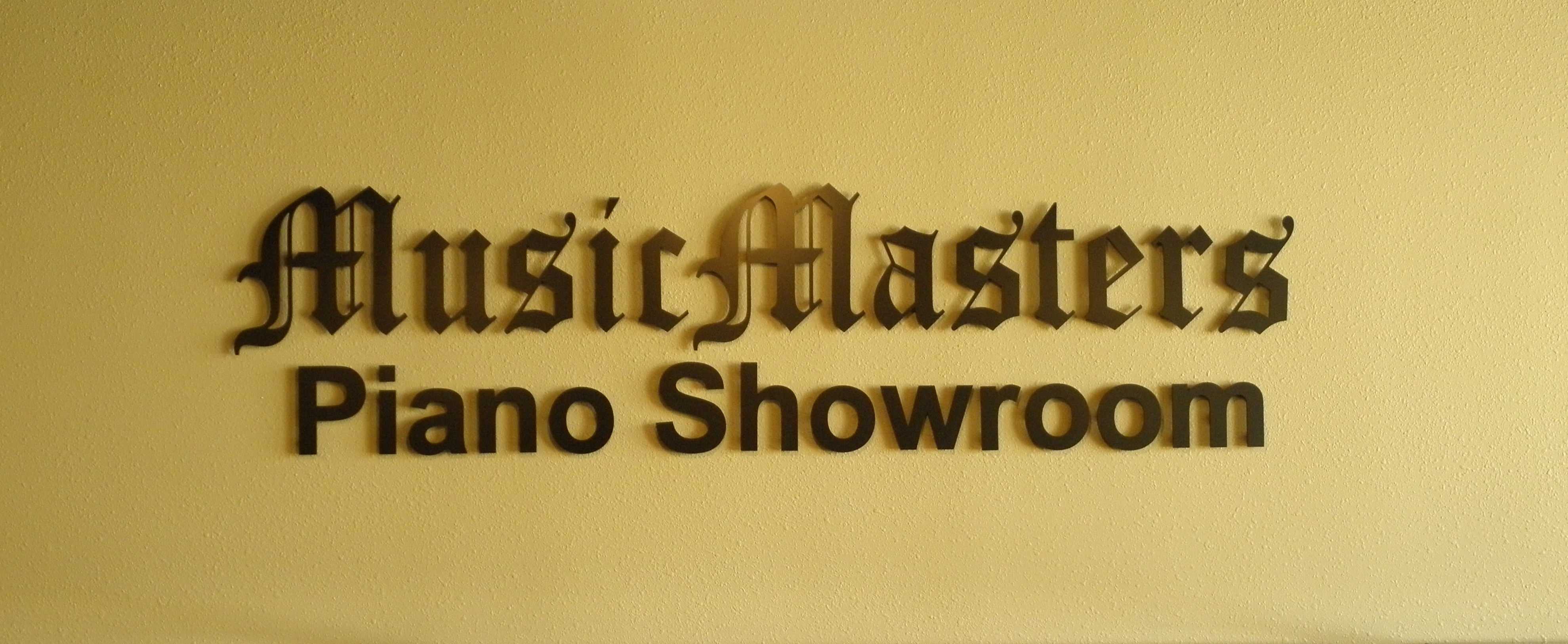 MusicMasters' Interior Sign